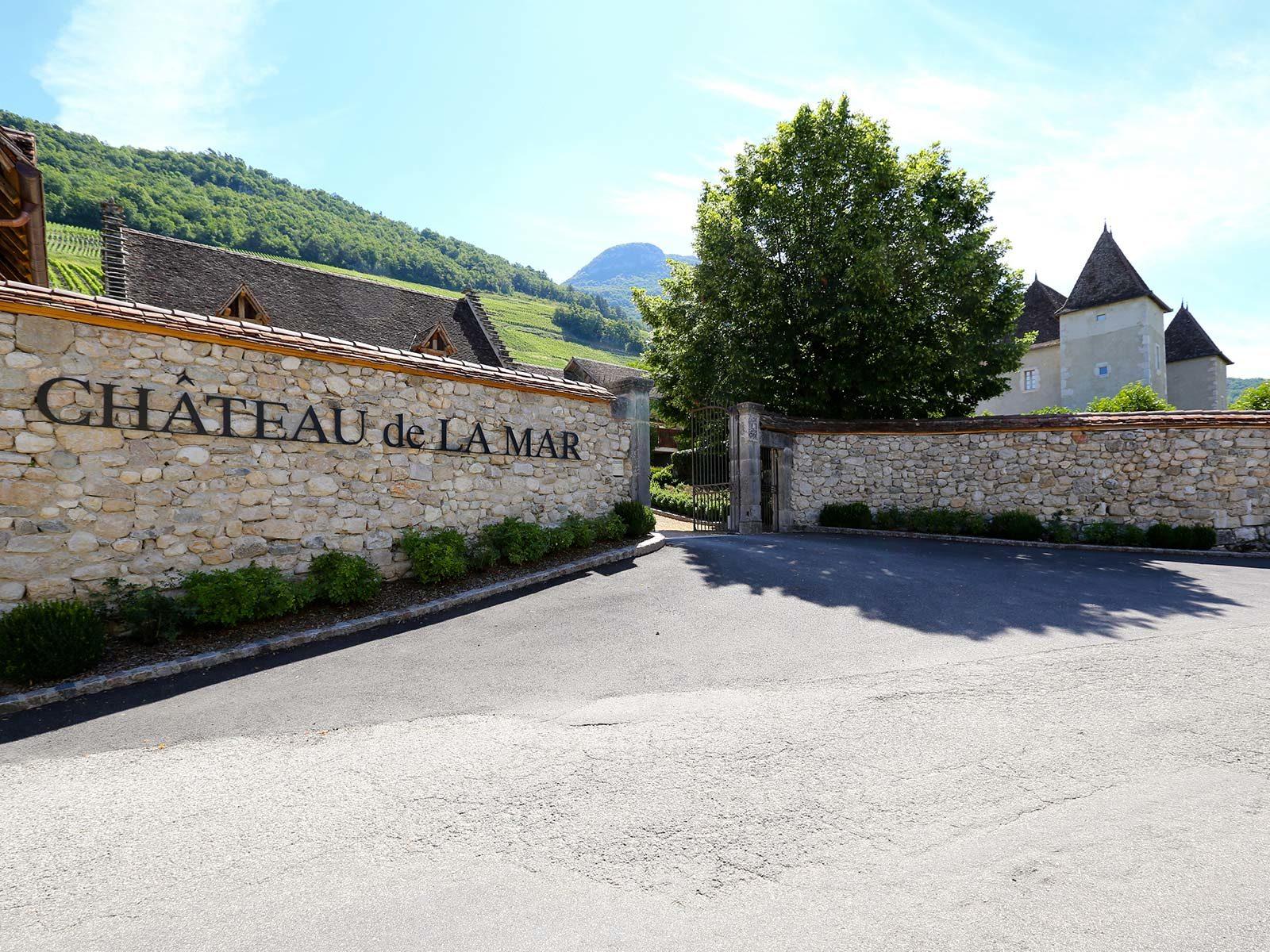 Entrée du Château de La Mar Savoie